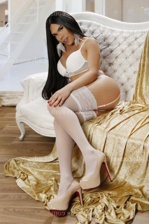 Rahima massage naturiste escorte
